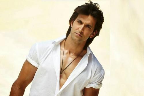 10 Aktor Bollywood Yang Memiliki Tubuh Hot dan Seksi